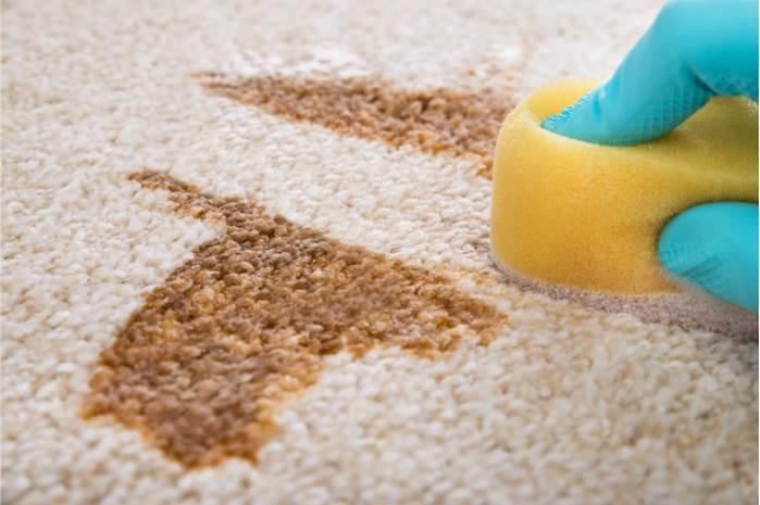 Kolay ve Pratik Bir Şekilde Evde Halı Temizleme Yöntemleri 2021